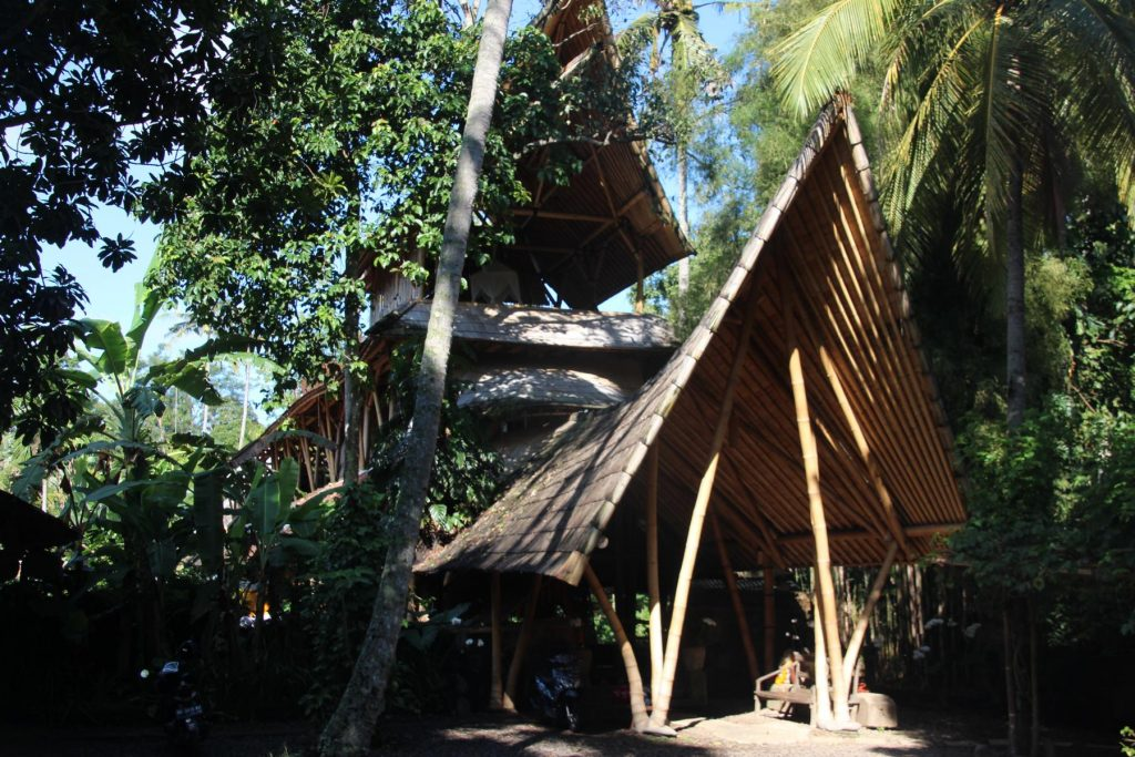 Entrance Bambu Indah Resort, Ubud, Bali (Photo: Faszination Fernost/B. Linnhoff)
