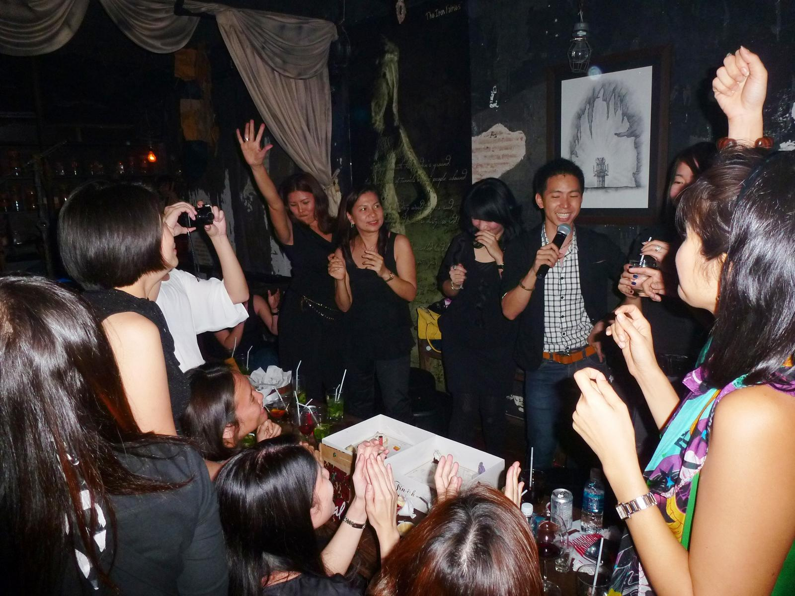 120929_3-Mein2-Party-im-Ironferries-Thonglor