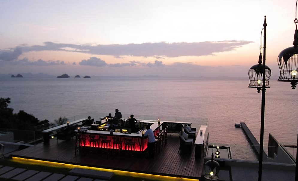 Air Bar: Spektakulärer Sundowner auf Koh Samui
